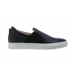 Slip on woven sneakers